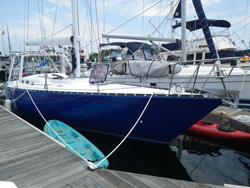 41 foot sailboat -- Tartan