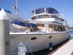 50 foot power boat -- Symbol