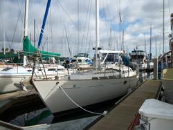 39 foot sail boat -- Apresski