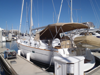 43 foot sailboat -- Beneteau