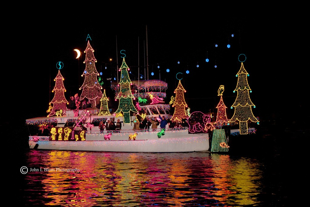 Boat-Parade_Photo-Credit-John-Blom-Photography-1-1024x684[1]