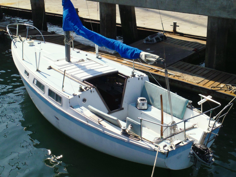 26  39  Cal sailboat   Christian  amp