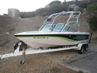 24 foot wakeboard boat-- Correctcraft