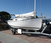 20 foot sailboat -- Sun Cat
